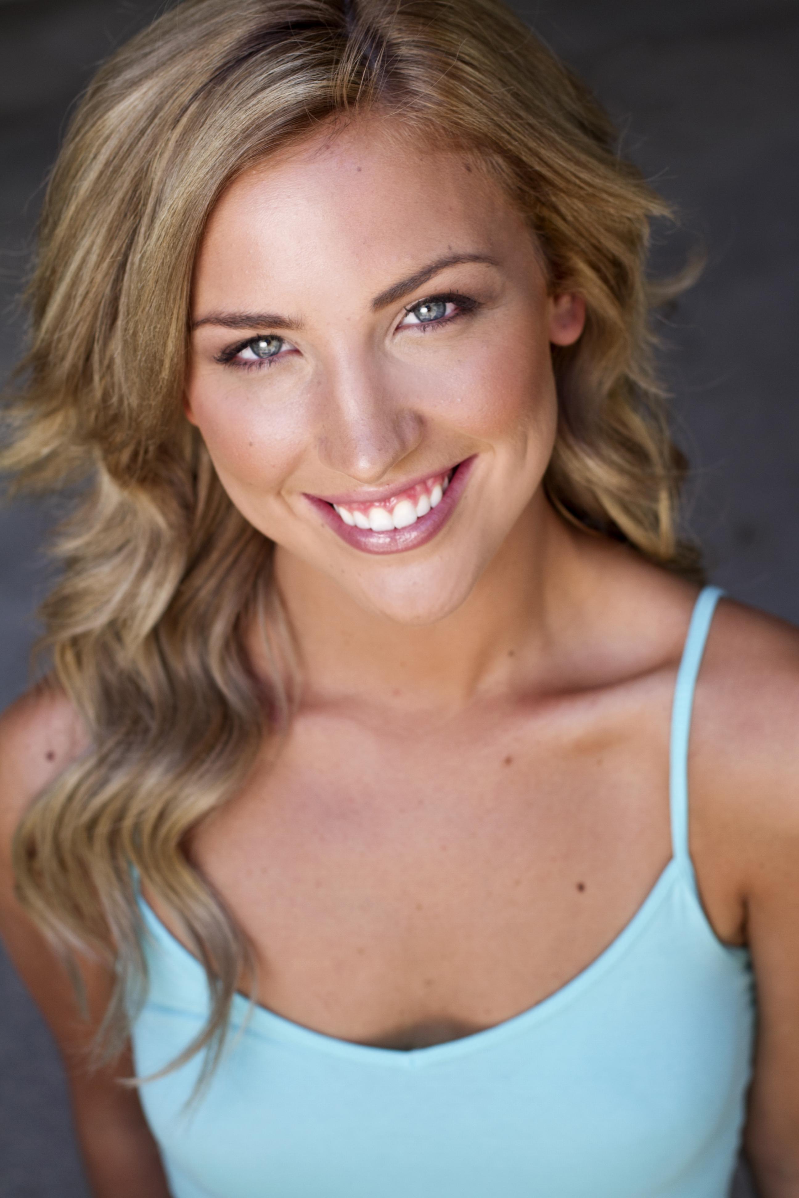 Emily Deahl LA Headshot Photographer