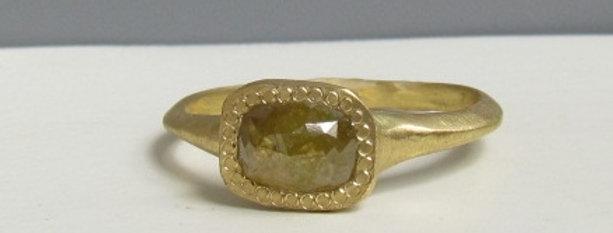Yellow rough rectangle diamond 18k gold ring