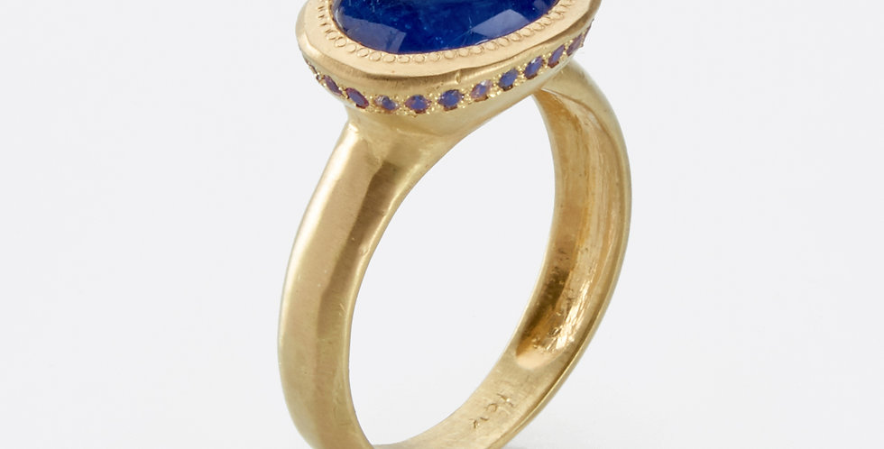 One of a kind Tanzanite ring and colorful Sappires