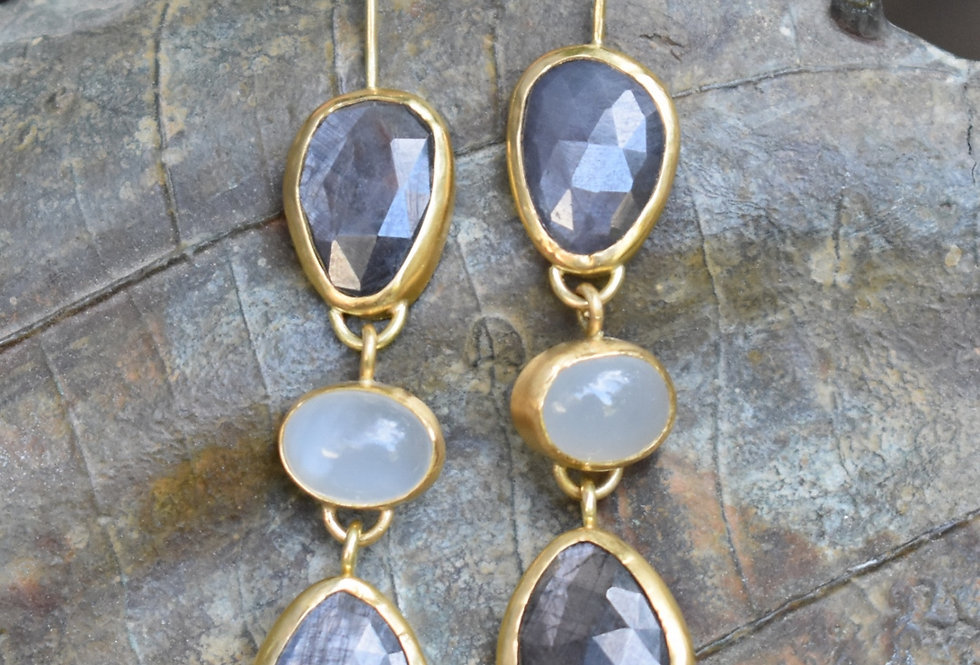 Grey Sapphires and Moonstones drop earrings
