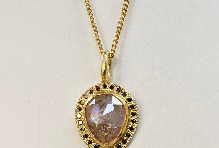 Light brown drop diamond with black diamonds