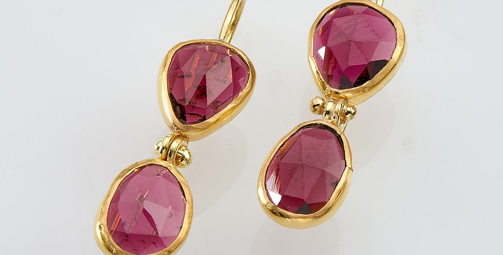 Garnet pending earrings