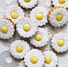 Lemon linzers 🍋