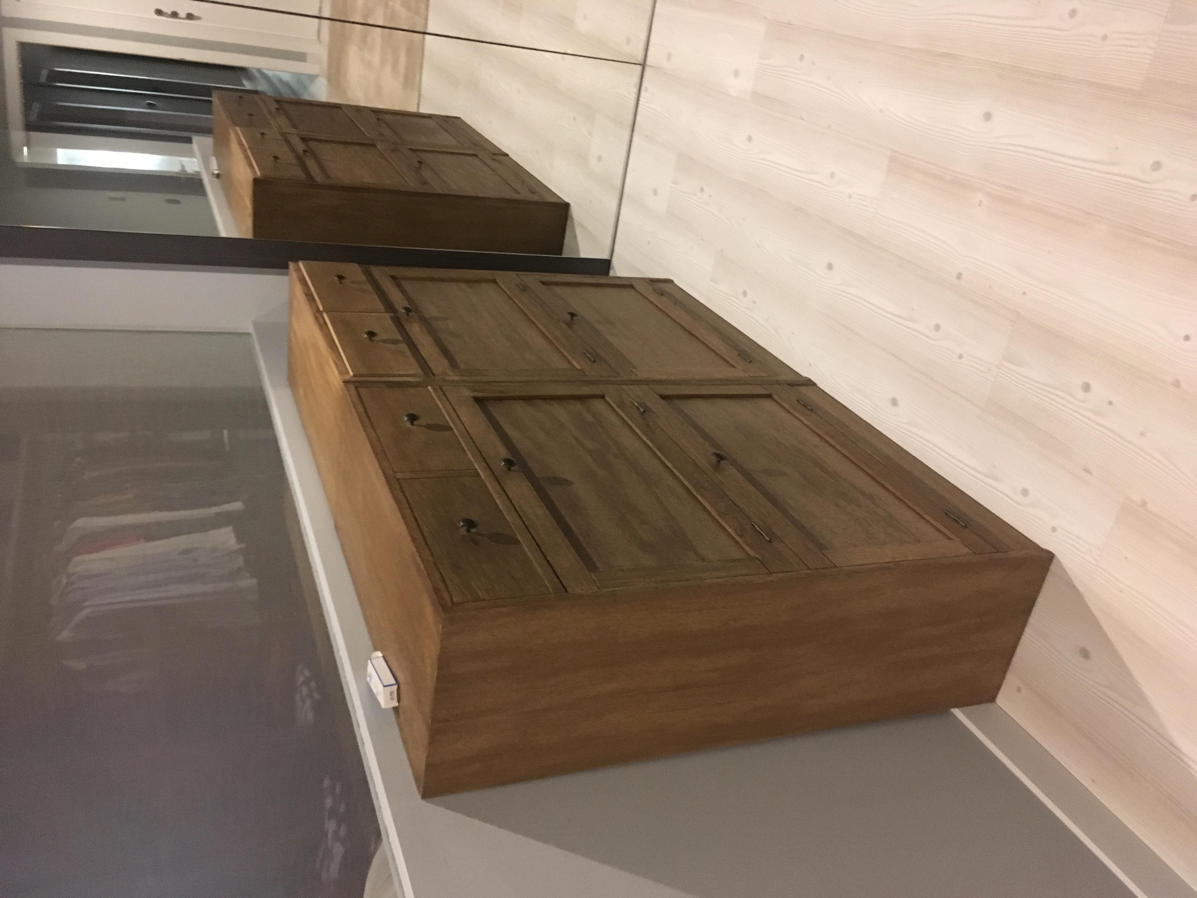 Zapatero de madera