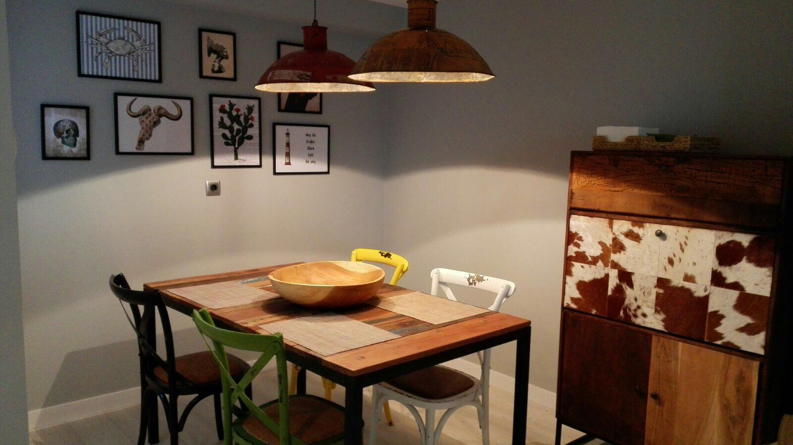 Office cocina, madera reciclada