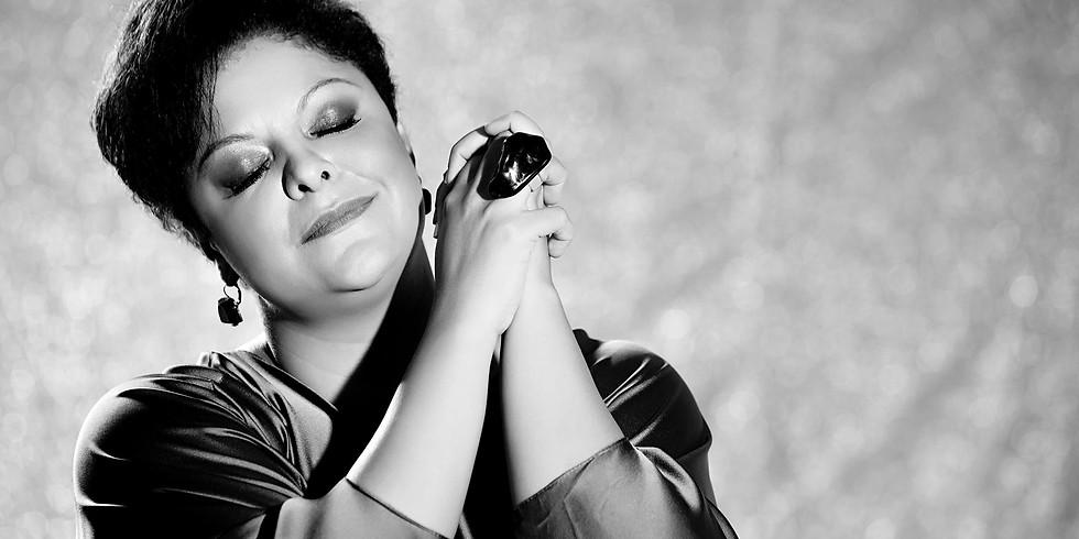 Fabiana Cozza canta Dona Ivone Lara no CCJ