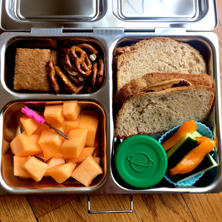 The Two Secrets to Loving Lunch Packing