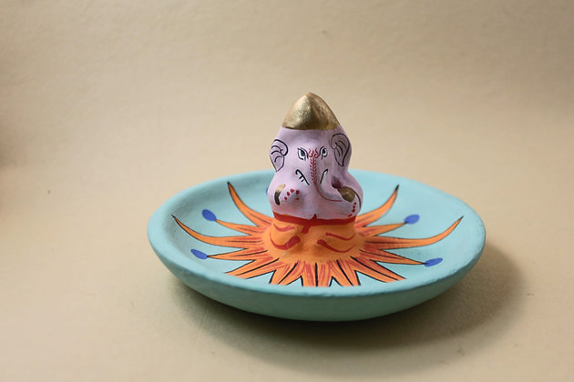 Paper Mache Ganesha Incense Cone Stand Painted  PRODUCT CODE - 0257