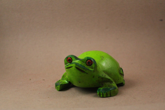 Wooden Frog Figure Work Painted PRODUCT CODE - 0265