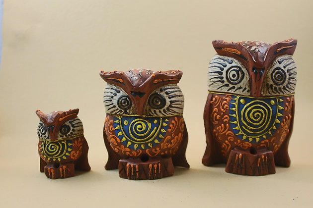 Wooden Owl Set of 3 Painted / Natural Finish  PRODUCT CODE - 0116