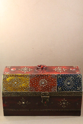 Wooden Hut Box Painted  PRODUCT CODE - 0180