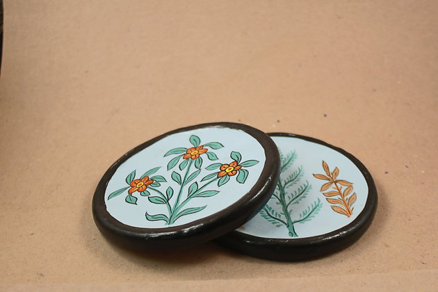 Paper Mache Round Coasters Painted  PRODUCT CODE - 0242