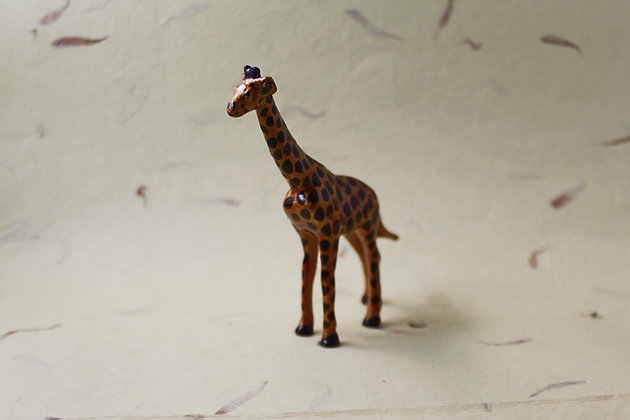 Metal Giraffe Painted  PRODUCT CODE - 0166