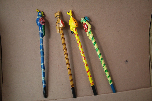 Wooden Pencil Painted with Animal / Birds Top  PRODUCT CODE - 0261