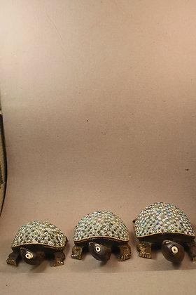 Wooden Tortoise Fine Figure Work ( Set of 3 ) PRODUCT CODE - 0109