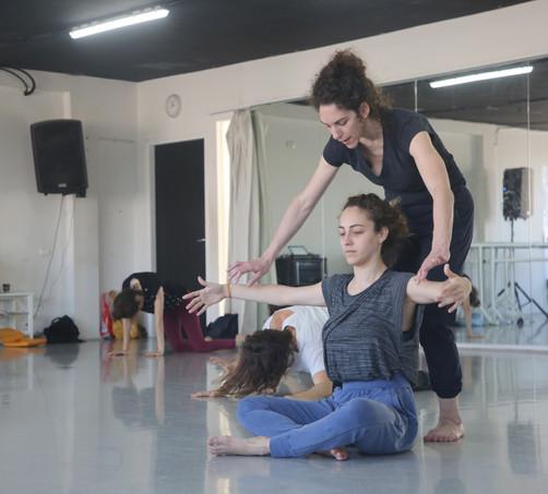'Shlombal', a program for performers and dancers by Shlomit Fundaminski
