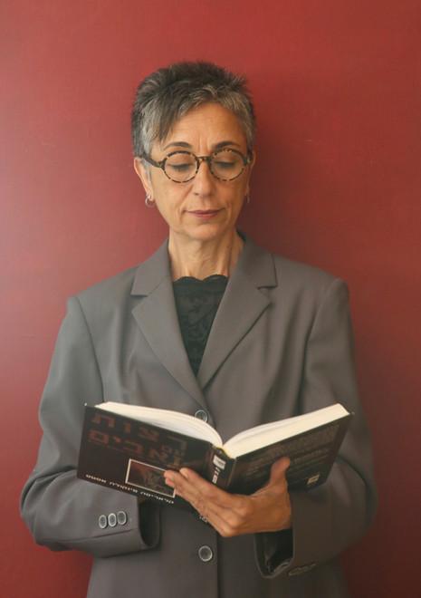 Acting book photoshoot for Yvonne Elmaleh