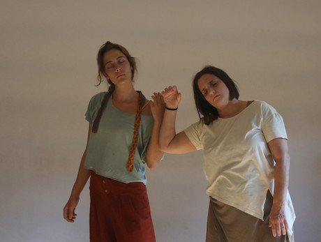 'Body in Nature', a workshop by Iris Nais