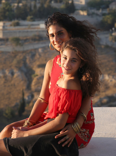 Noya and her daughter Shoham