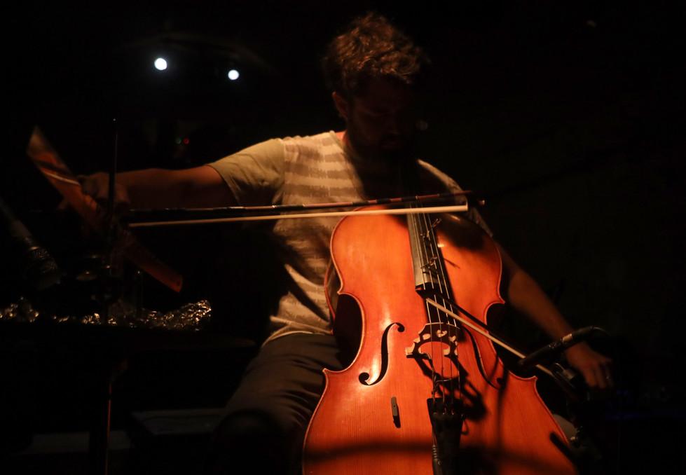 Tom Klein, cellist