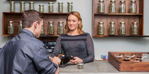 4 Ways Weed Shops Can Keep Their Custome