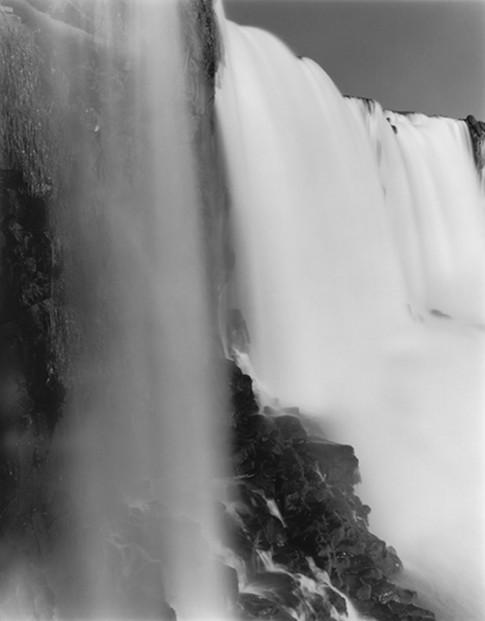 Quedas do Iguaçú IV (Iguaçu Falls IV) , 2002