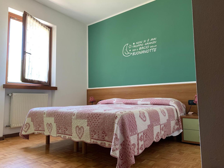 Appartamento per 4-6 persone con soggiorno, cucina, bagno e 2 camere da letto