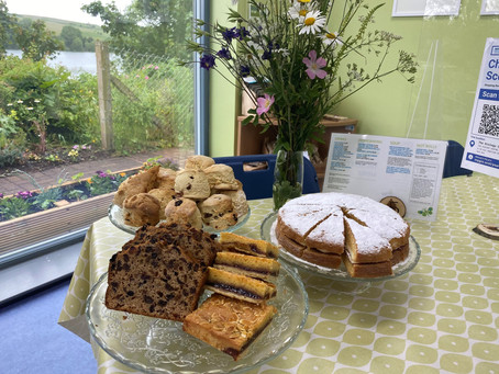 Grab a cuppa on the banks of Kinghorn Loch at The Nest Café