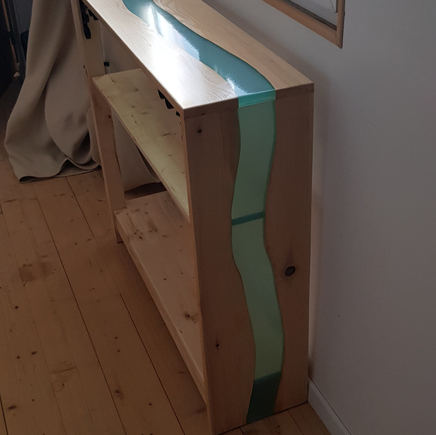 table 077.jpg