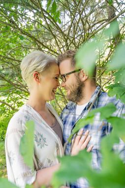 Indianapolis Wedding Photographer Emma Males - engagement poses
