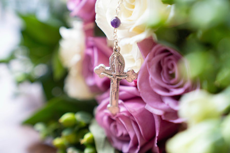 rosary and flowers- Emma Males wedding photography