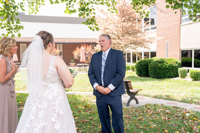 Indianapolis Wedding Photographer Emma Males - bride & dad's first look