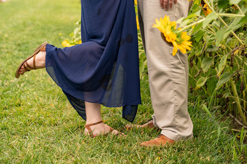 Indianapolis Wedding Photography - man and woman's feet