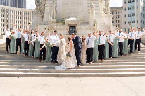 Indianapolis Wedding Photographer Emma Males -  wedding party on monument circle