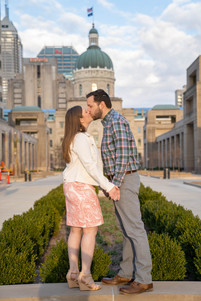 couple in front of the Indiana state capital building