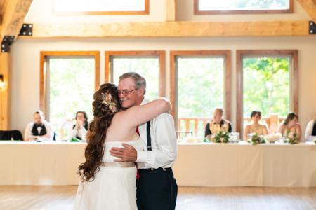 Indianapolis Wedding Photographer - dance with dad