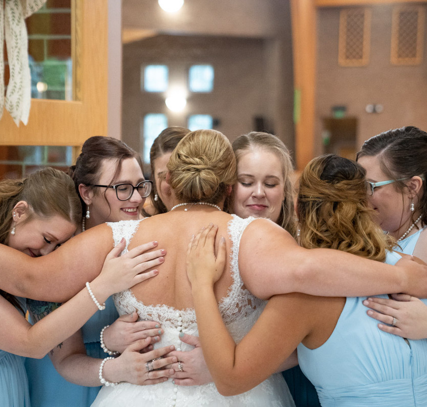 Published Indianapolis Wedding Photographer Emma Males - Bridesmaids and Bride