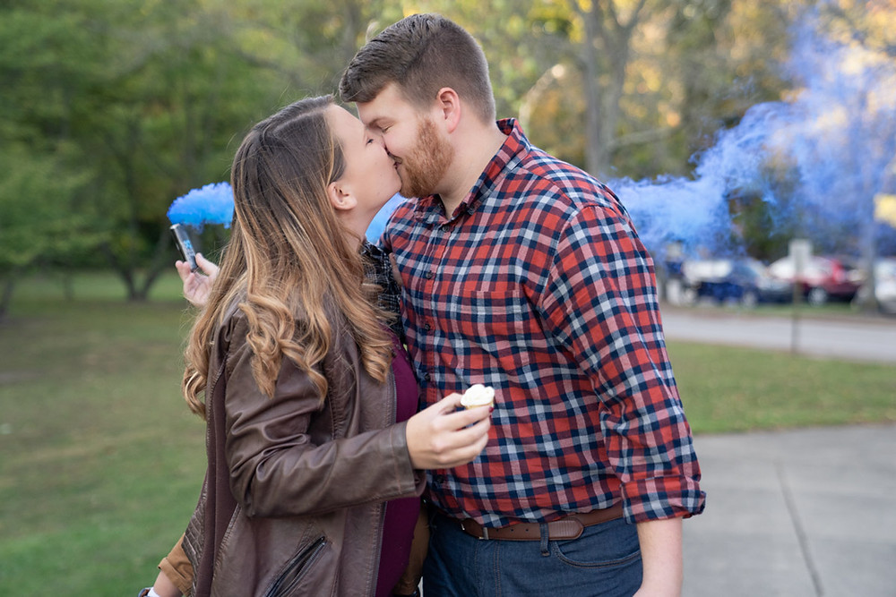 Indianapolis wedding photographer announces her pregnancy and gender reveal