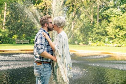 Indianapolis Wedding Photographer Emma Males - Couple Kissing