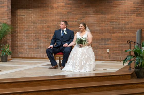 Indianapolis Wedding Photographer Emma Males - bride and groom in church