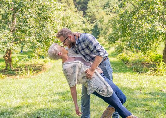 Indianapolis Wedding Photographer Emma Males - happy couple