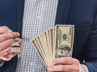 Inversión desde casa y generando ingresos en dólares: cómo refugiar los ahorros de la crisis