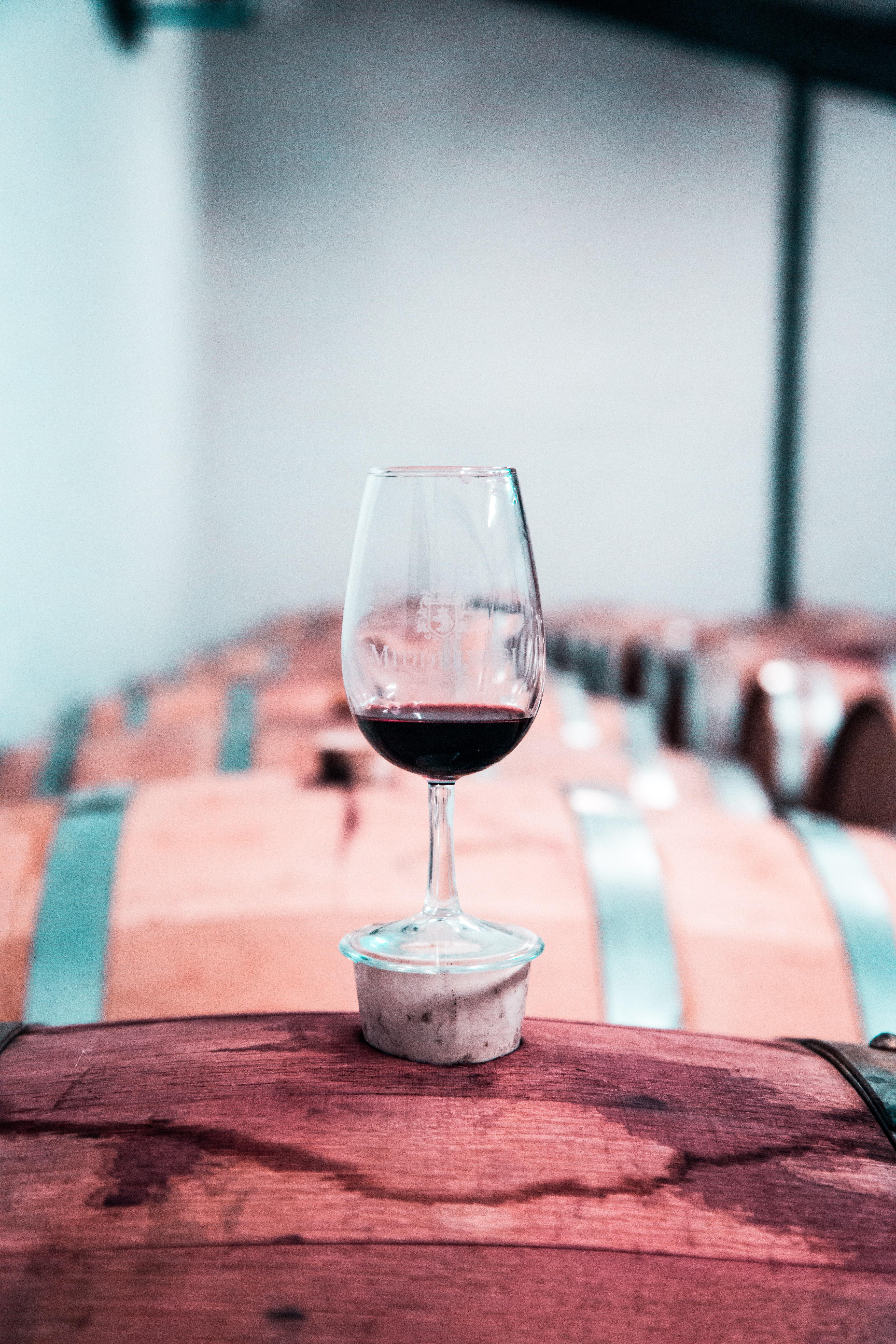 Tasting 2 vins