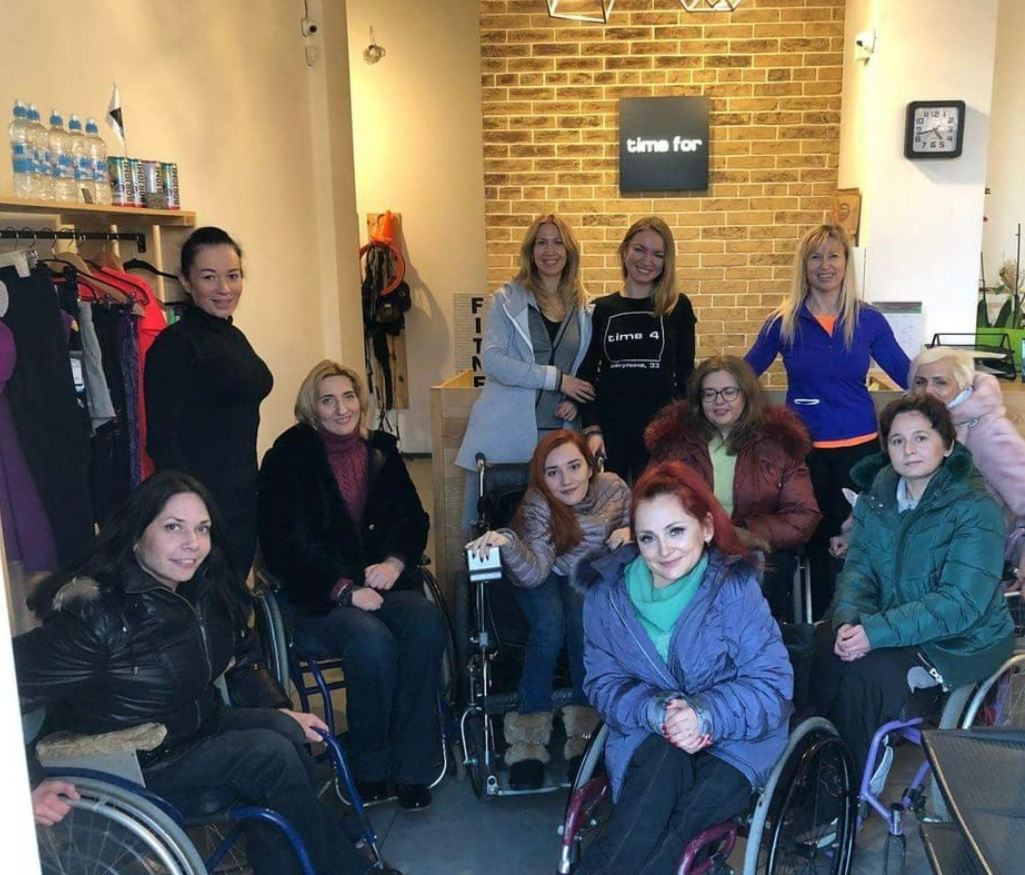 Ukrainian alumna implemented a FLEX Alumni Grant project and hosted accessible fitness classes for people with disabilities.