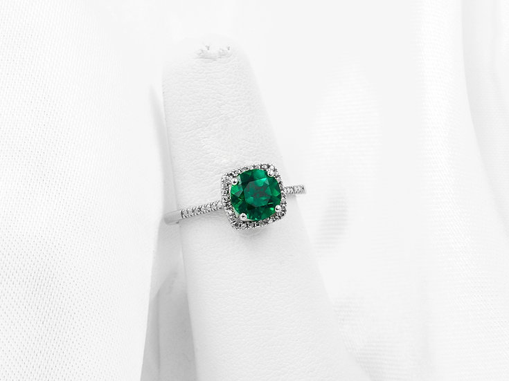 Sterling Silver Round Created Emerald
