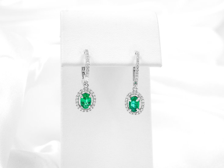 14K White Gold 6x4mm Oval Emerald Earrings