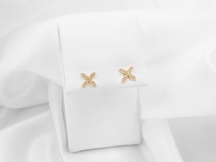 14K Yellow Gold .16cttw Diamond Four Leaf Earrings