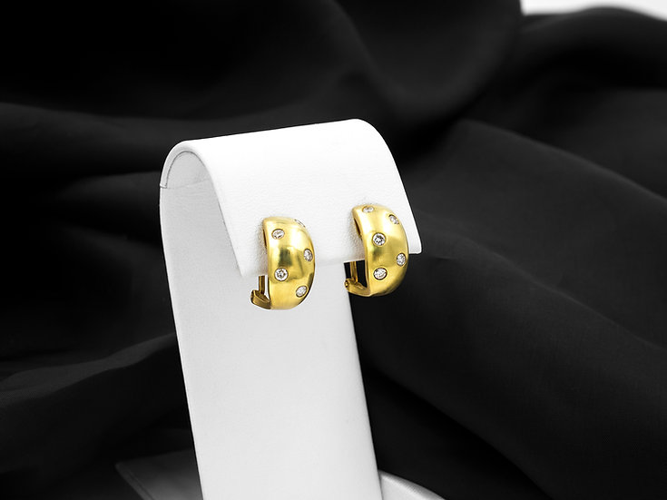 18K Yellow Gold .60cttw Omega Hoop Earrings