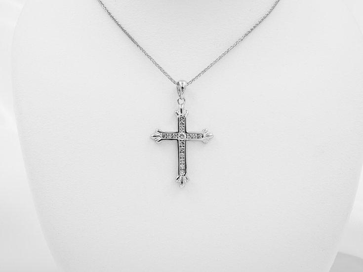 14k White Gold .19cttw Diamond Cross