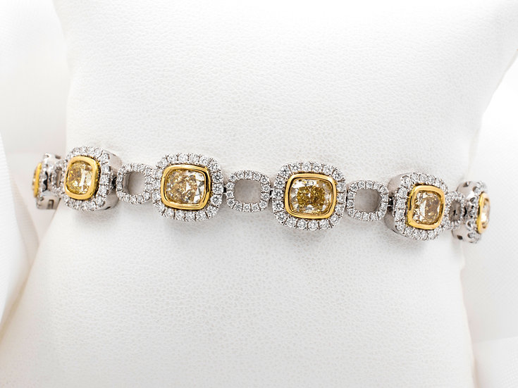 18K White and Yellow Gold Natural Yellow and White Diamond Bracelet